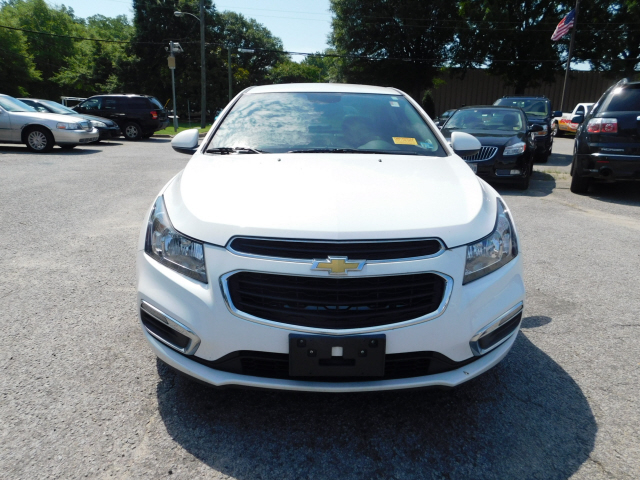 Pre-Owned 2015 Chevrolet Cruze 2LT 2LT Auto 4dr Sedan W
